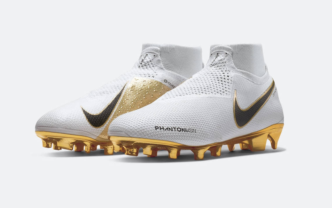Nike PhantomVSN Football Shoes